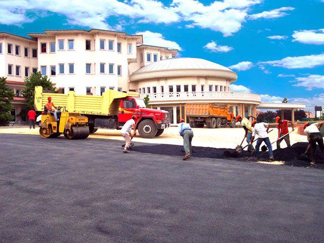 alman-hastanesi-asfalt-3.jpg