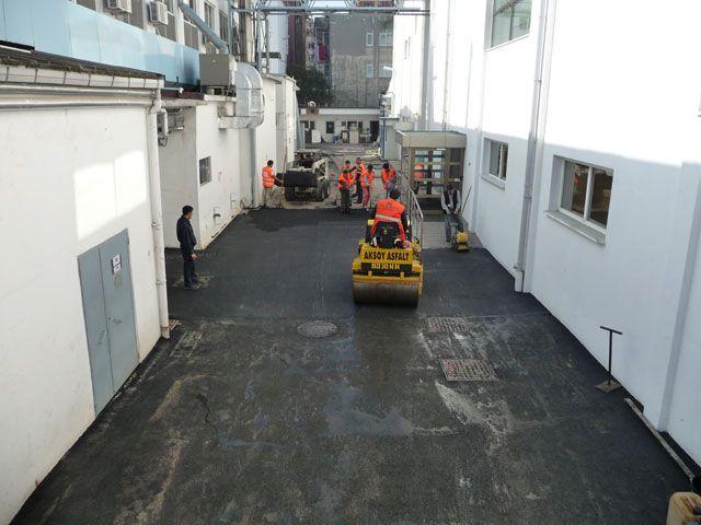 pfizer-asfalt-5.jpg