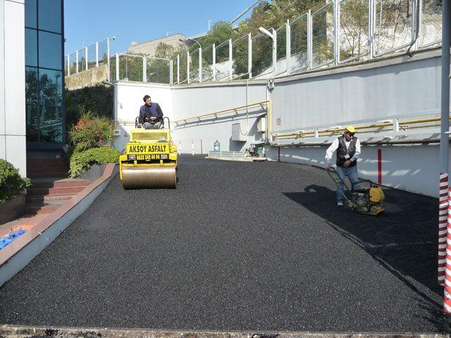 pfizer-asfalt-6.jpg